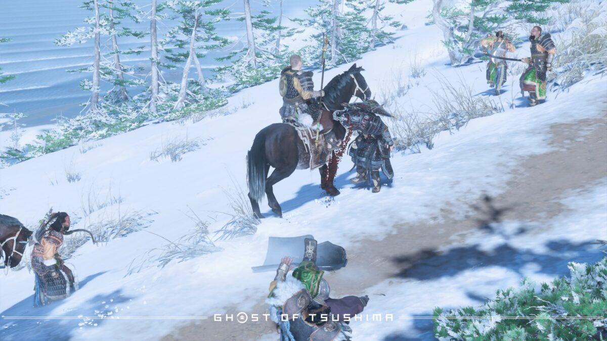 毒を受けて痙攣しながら血を吐く蒙古兵(中央の馬に乗っていない方)